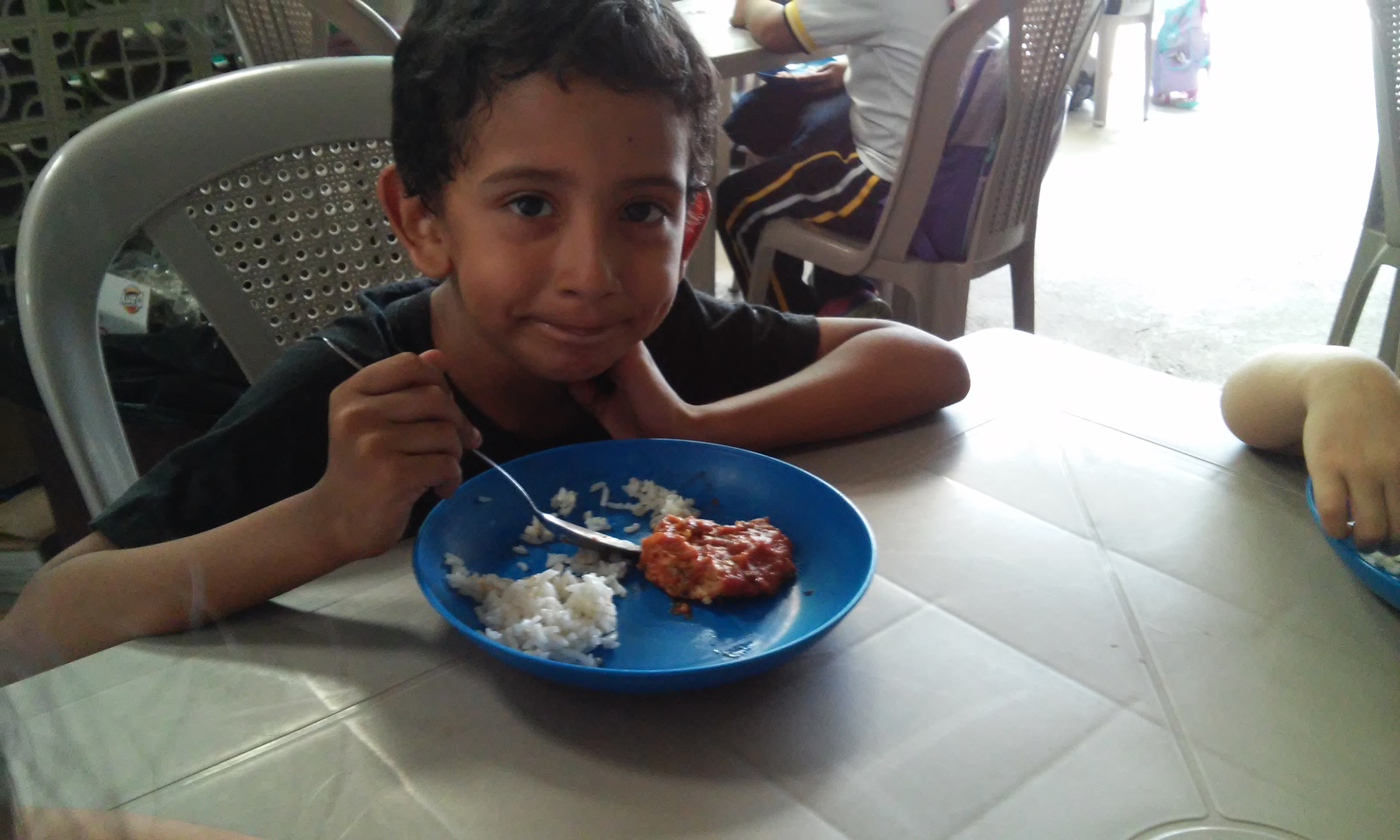 EL SALVADOR: Salesian Food Program Provides Meals to 150 Children Thanks to Donation from Feed My Starving Children