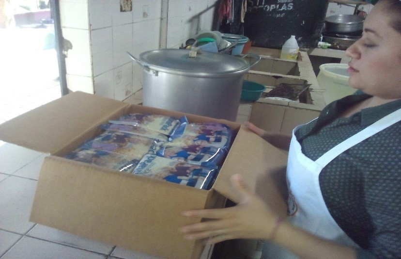 EL SALVADOR: Students, Elderly Have Better Nutrition Thanks to Rice Meal Donation from Feed My Starving Children