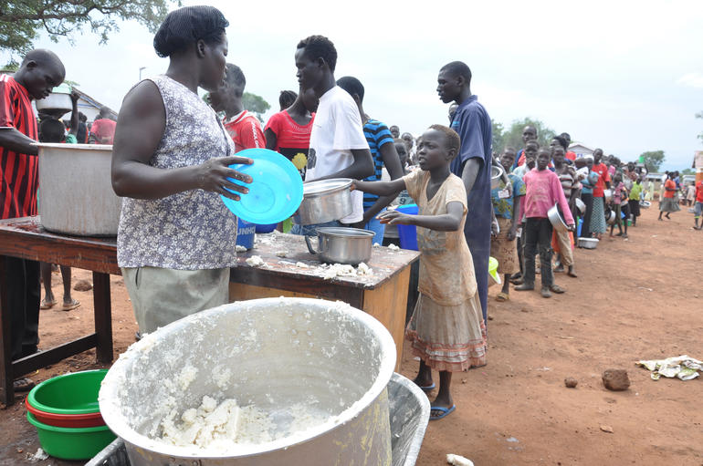SOUTH SUDAN: Priest Feeds 4,000 Displaced as Refugee Crisis Escalates