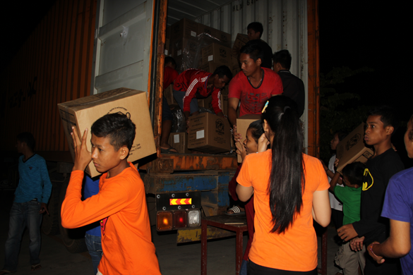 CAMBODIA: Rise Against Hunger Partnership Delivers 11,574 Boxes of Rice-Meals to Students in Salesian Technical Schools