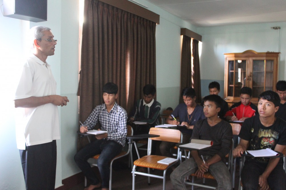 NEPAL: Salesian missionaries develop program to educate 'future helpers' in villages affected by earthquakes